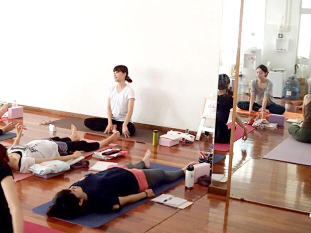 ヨガインストラクター-大野綾夏
